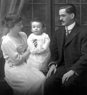 Gladys and Edward with son